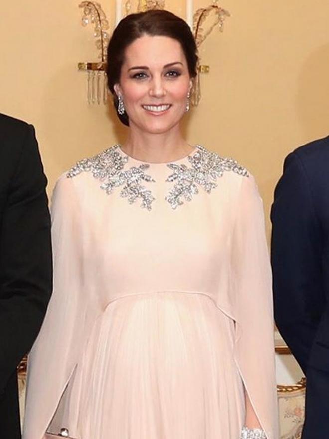 Las fotos de Kate Middleton embarazada: sus vestidos de premamá
