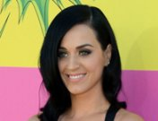 Los looks de los famosos en los premios Kid's Choice Awards 2013