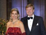 Coronación de Guillermo de Holanda y Máxima y fotos de su historia de amor