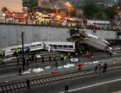 Fotos de la tragedia en Santiago: duras imágenes del accidente de tren en Galicia