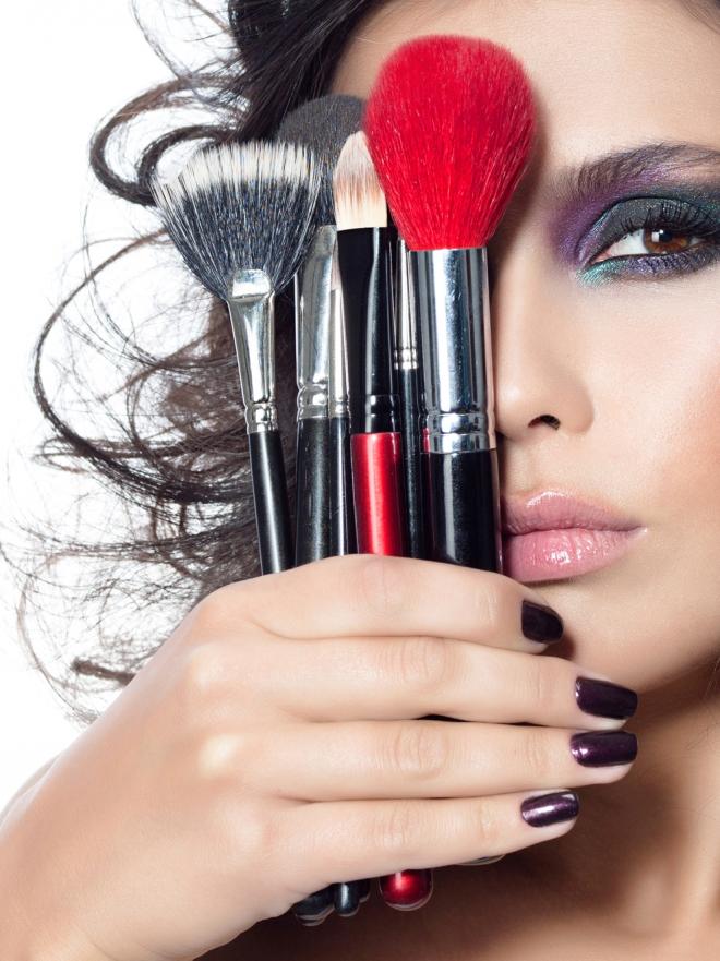 Cómo maquillarse como una profesional: trucos y técnicas de maquillaje