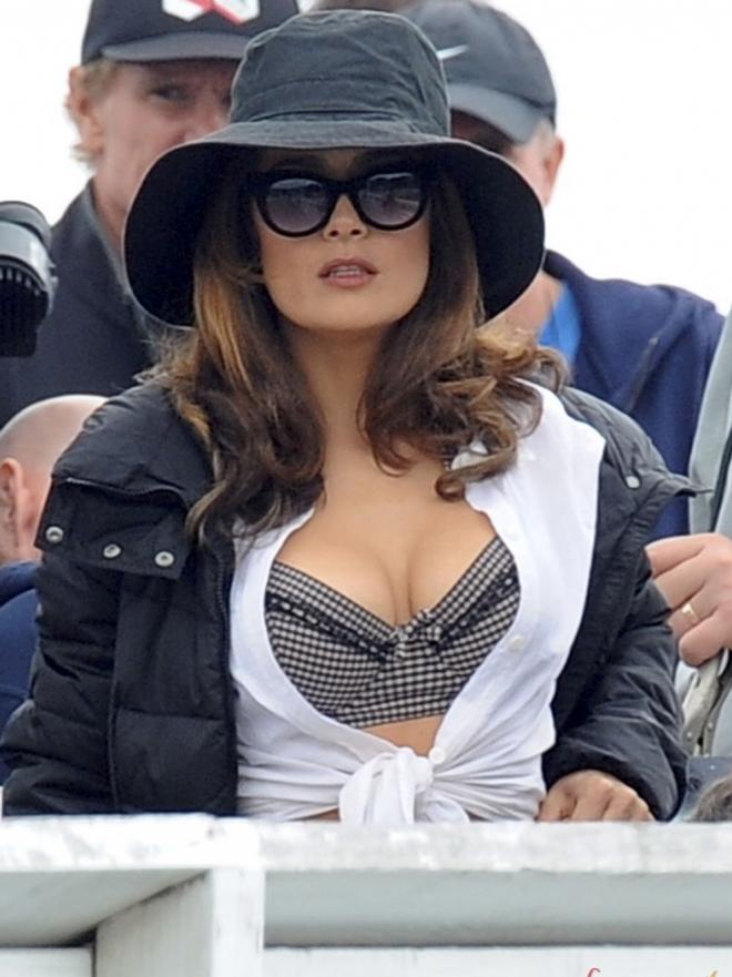 Las fotos más picantes de las celebrities: objetivo, enseñar cacho