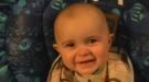 Vídeo de un bebé llorando de la emoción por una canción de su madre