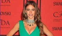 Sofía Vergara y Shakira, las más calientes e influyentes