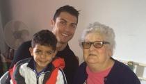Irina Shayk, el consuelo de Cristiano Ronaldo tras la muerte de su abuela