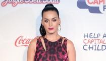 Katy Perry se mete con el trasero de Kim Kardashian