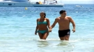 David Bustamante y Paula Echevarría, felices entre las olas de Ibiza