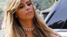 Kim Kardashian imita a Rihanna y cambia el moreno por el rubio