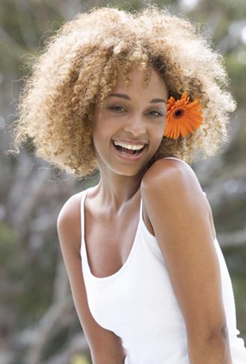 Fabuloso peinados pelo afro Colección de estilo de color de pelo - Peinados con el pelo a lo afro: pelo largo, corto y media ...