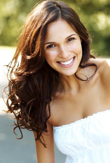 llevar el pelo suelto nos permite lucir muchsimos peinados diferentes desde llevarlo largo y liso hasta llevar unos rizos marcadsimos con ayuda de rulos