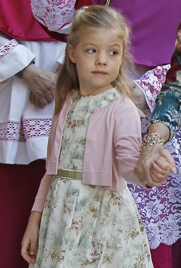 La infanta Sofía pasa sola su cumpleaños. Letizia en la coronación de Máxima Zorreguieta