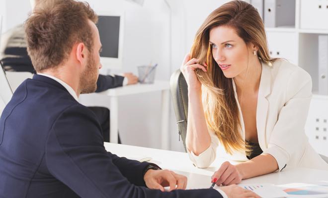 Enamorada de mi jefe, ¿cómo se lo digo?