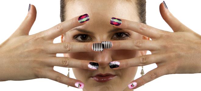 Nail Art Decora Tus U As Con Cinta Adhesiva
