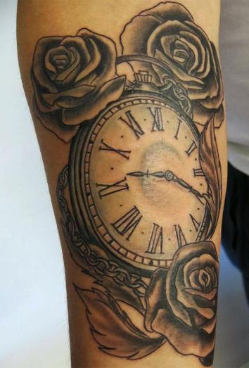 El paso del tiempo y ms significados de tatuajes con relojes