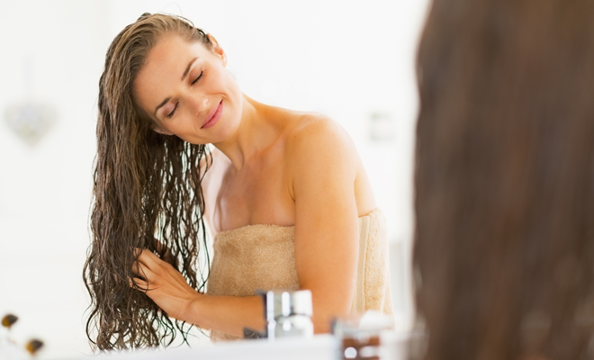 Mascarilla de pelo: ¿cómo echársela bien?