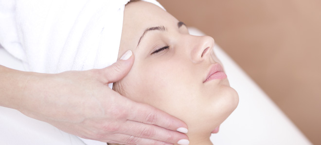 tatuajes masaje semen en la cara