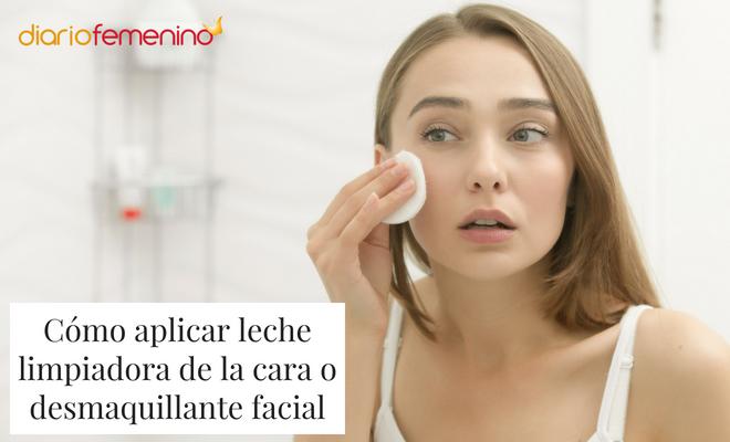 e7236a67a Cómo aplicar leche limpiadora de la cara o desmaquillante facial