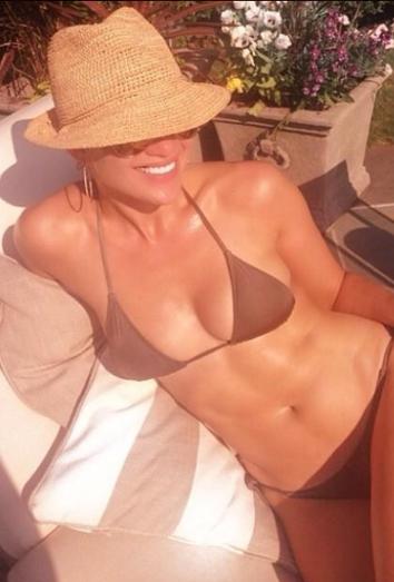 Jennifer Lopez Cumple A 241 Os M 225 S Sexy Que Nunca