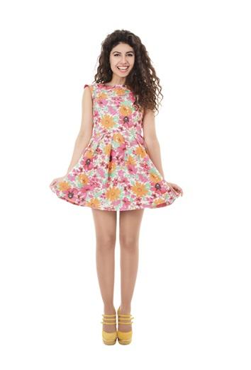 El vestido corto