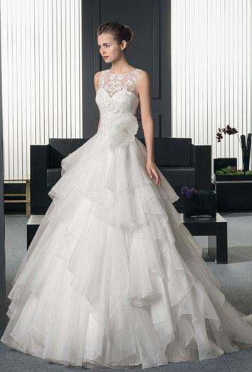 los vestidos más bonitos de la colección two de rosa clará