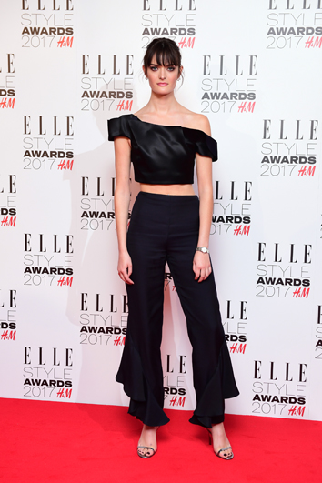 La top model Sam Rollinson nos enseña a lucir el Crop Top. Gtres.