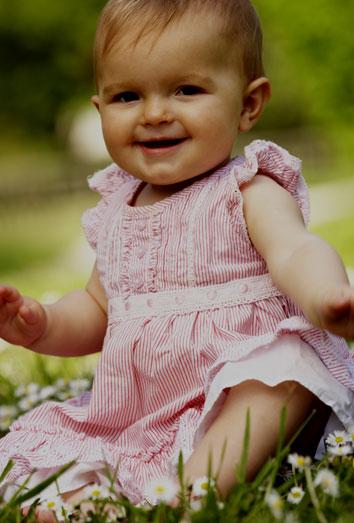 a7b372b06 Vestidos de noche para bebés  trajes infantiles de fiesta