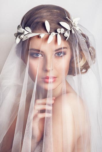 7303768d03 Velos de novia según el vestido de boda y el peinado