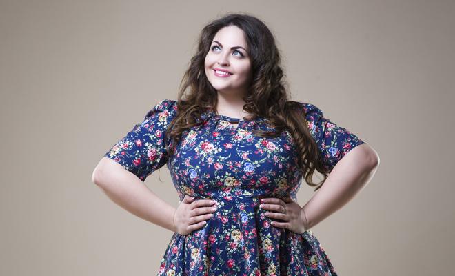Consejo para las mujeres con curvas: escoge un vestido con forma de A