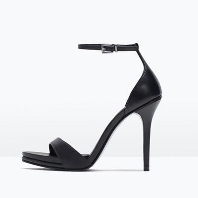 Sandalias Yves Saint Laurent Precio