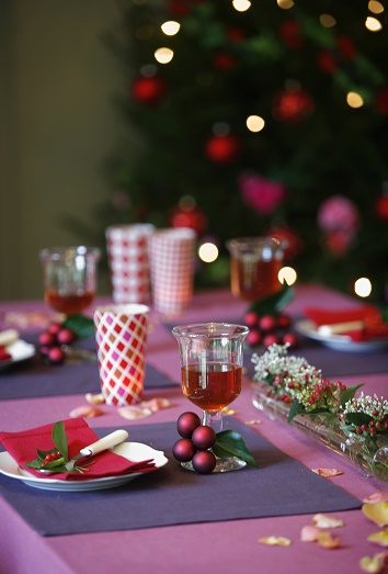 5 ideas originales para decorar la mesa en navidad for Ideas para decorar la mesa de navidad