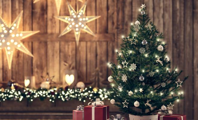 C mo hacer originales estrellas de navidad para tu rbol - Mesas de navidad originales ...