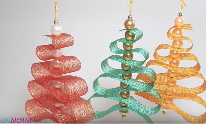 Cintas navidad cinta verde del rojo de las bolas de la - Cintas arbol navidad ...