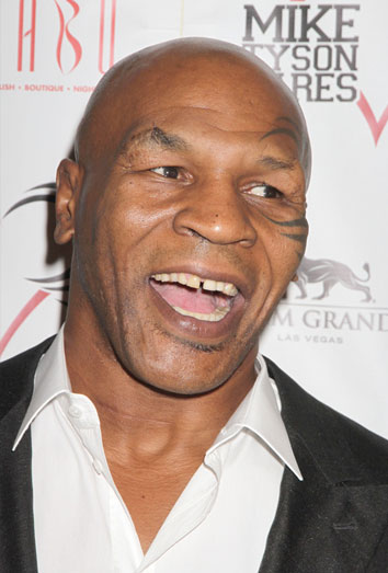 Mike Tyson parodiará Cincuenta sombras de Grey en la película Scary Movie 5
