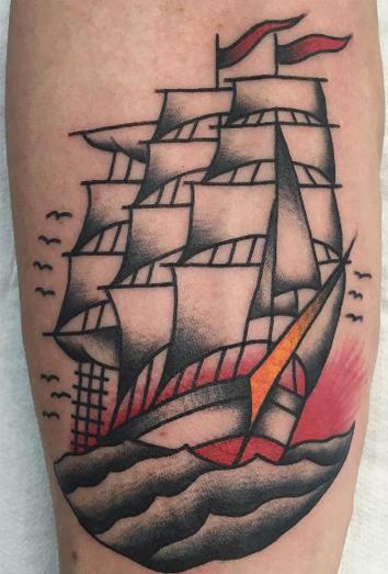 Significado De Los Tatuajes De Barcos Aventura Y Adversidad