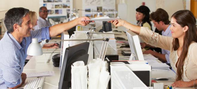 El significado de so ar con un compa ero de trabajo for Oficinas bankia cercanas