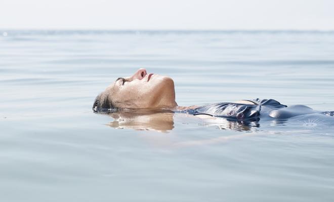 Cómo superar la acuafobia, también conocida como hidrofobia
