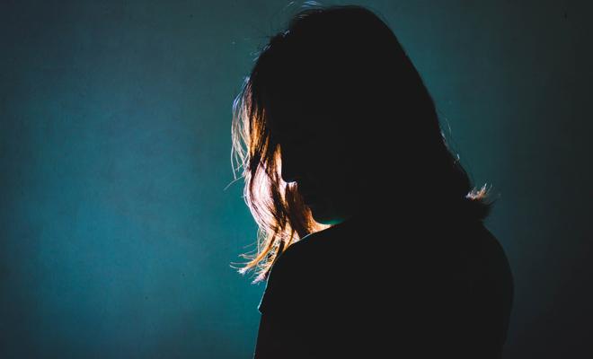 Qué es la contreltofobia, también conocida como agrafobia