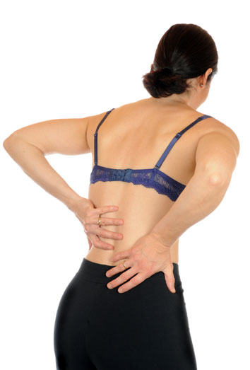 Los dolores en la parte derecha de la espalda y la tos