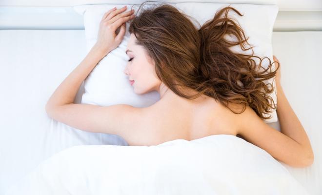Dormir desnuda: 8 beneficios